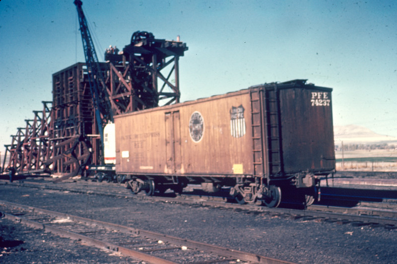 up_cache-junction_removing-coal-ramp_c_jun-1965_dave-england-photo