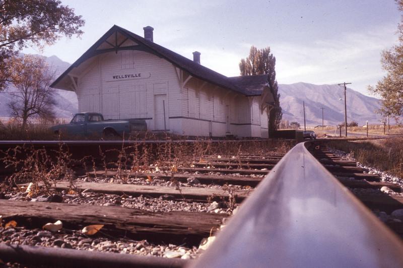 up_wellsville-depot_sep-1976_dave-england-photo
