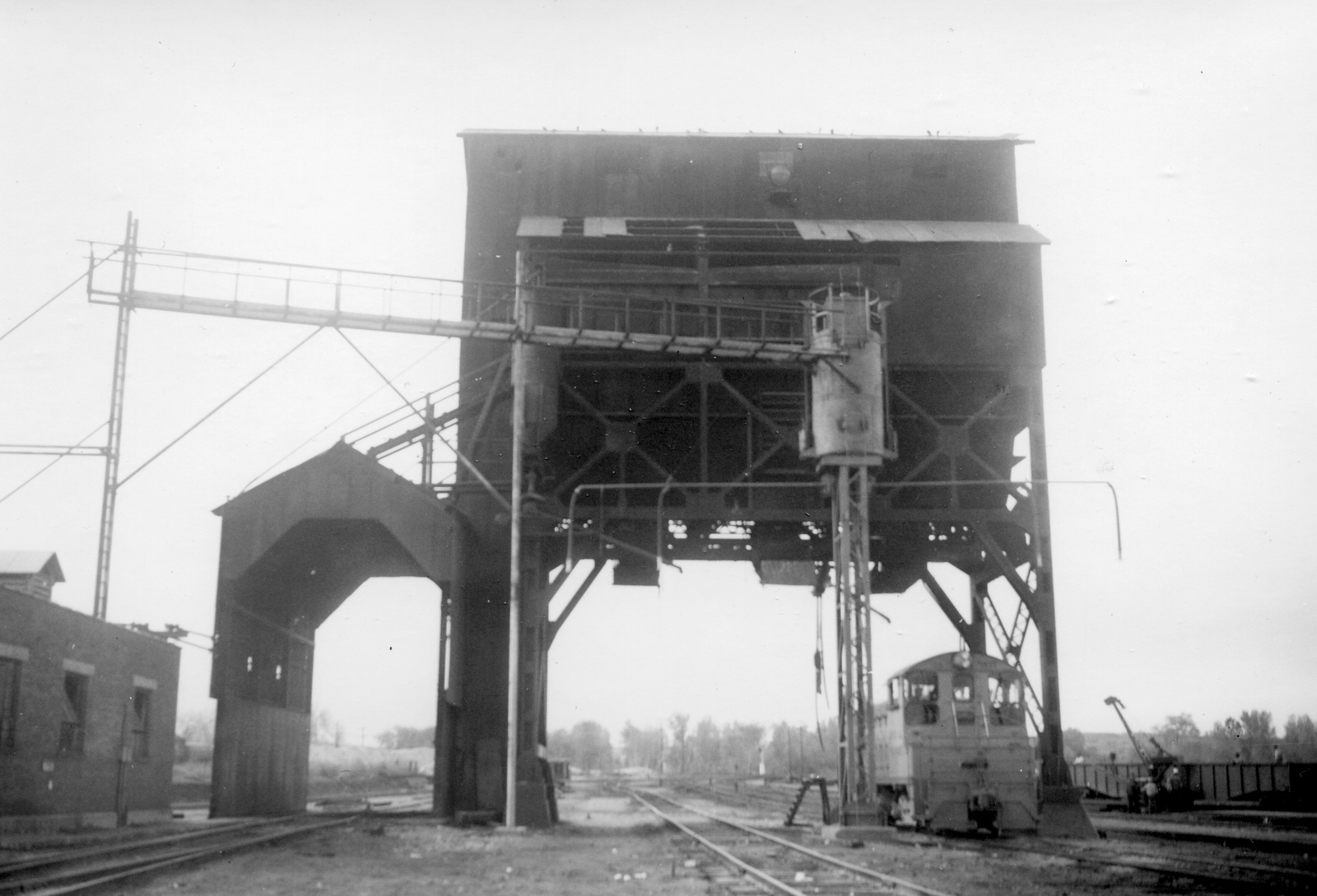 UP-Ogden_02-coaling-tower-east_late-1959_Dave-England-photo