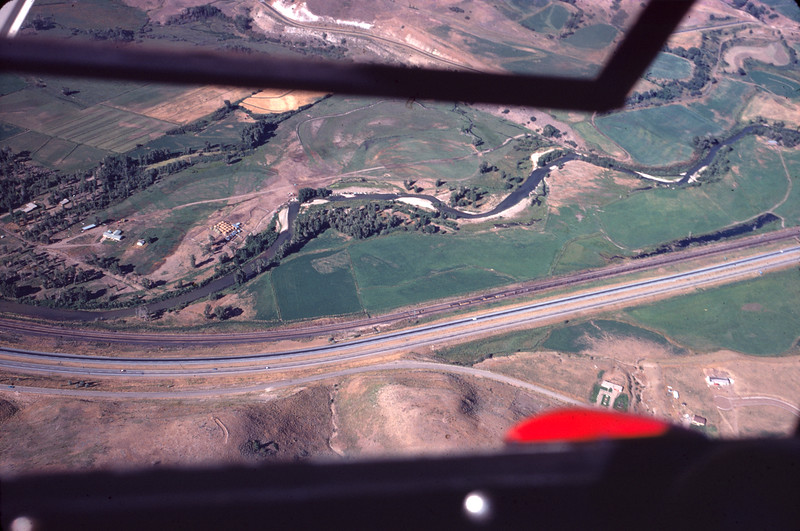 aerial_1974-Aug_image-06_Weber-Canyon_west-Peterson_dave-england-photo