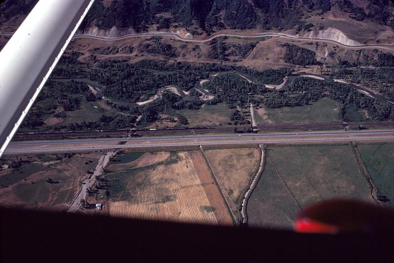 aerial_1974-Aug_image-04_Weeber-Canyon-Mountain-Green_dave-england-photo