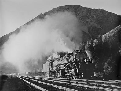 UP_4-8-8-4_4018_Devils-Slide-Utah_Jul-8-1951_Emil-Albrecht-photo_Dave-England-collection