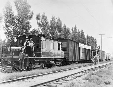 Salt-Lake-Utah_102-freight-locomotive_agricultural-display_Cliff-Bray-photo_Dave-England-collection