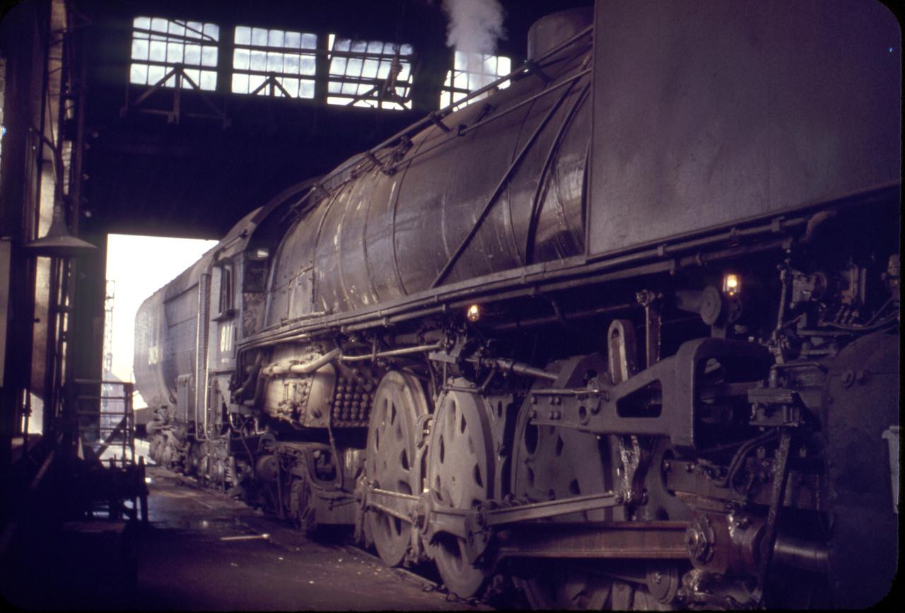 UP_4-8-4_811_inside-Ogden-roundhouse_ca-1960_Dave-England-photo