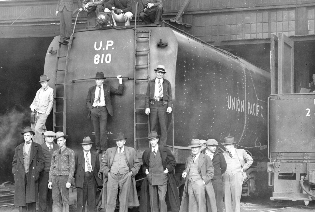 up_4-8-4_810-tender_mar-26-1939_r-h-kindig-photo_dave-england-collection