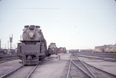 UP Stored power at Cheyenne. (Dave England Photo)