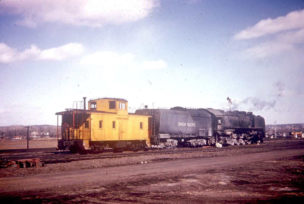 UP_4-8-4_816_Council-Bluffs_duplicate-slide_Dave-England-collection