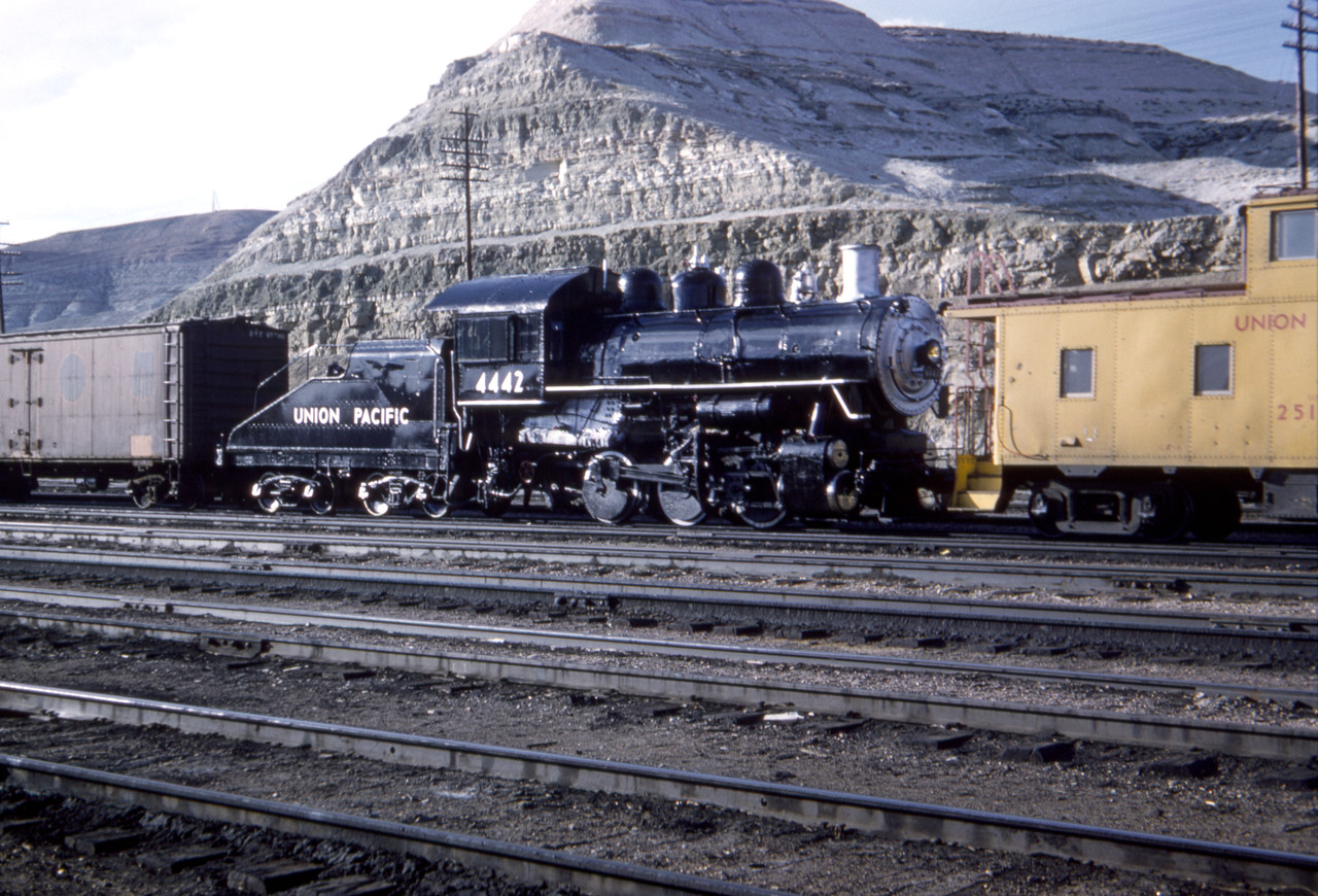 UP_0-6-0_4442_Green-River-Wyo_May-6-1960_Dave-England-photo