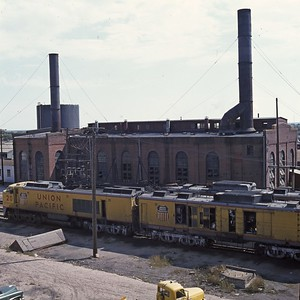 UP_Cheyenne-roundhouse_Sep-1-1969_003_Dean-Gray-photo