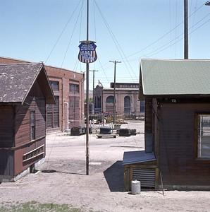 UP_Evanston-roundhouse_June-21-1970_005_Dean-Gray-photo