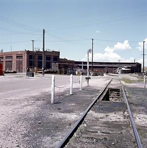UP_Evanston-roundhouse_June-21-1970_001_Dean-Gray-photo
