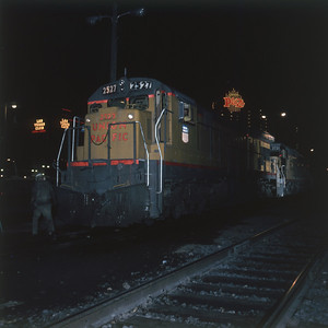 up_c30-7_with-train_night-photo_las-vegas_dean-gray-photo
