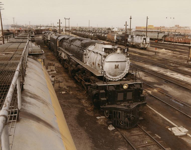 UP 4-6-6-4 3985, Cheyenne. September 13, 1969. (Dean Gray Photo)