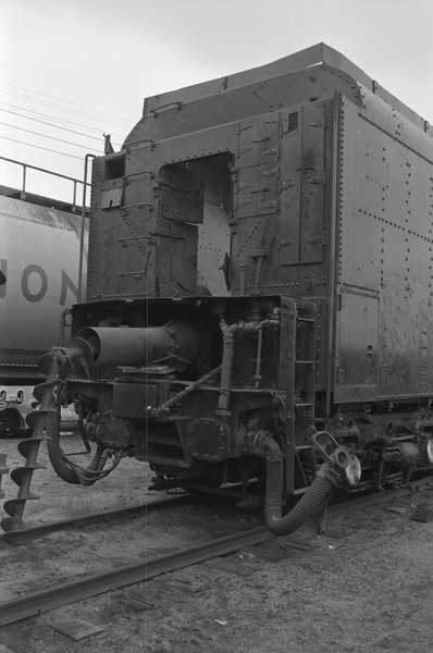 up_4-6-6-4_3985_tender-connection_02_dean-gray-photo