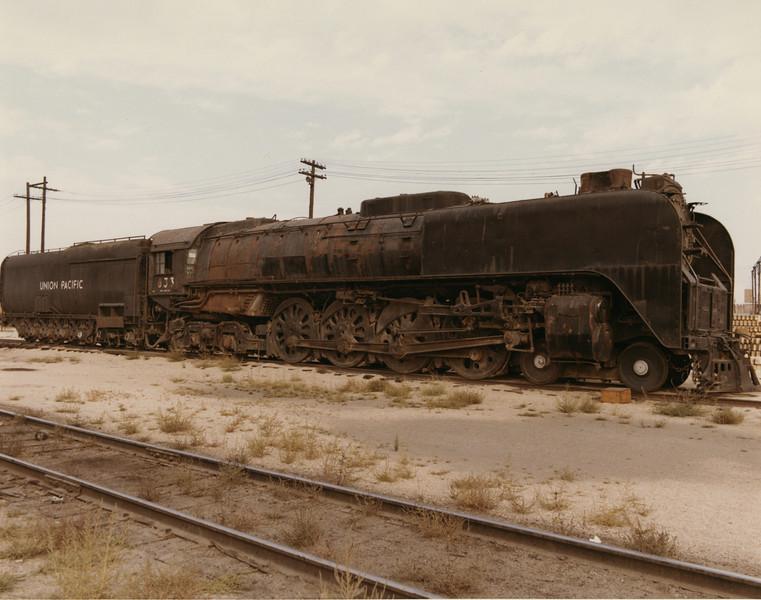 UP 4-8-4 833, Cheyenne. September 13, 1969. (Dean Gray Photo)