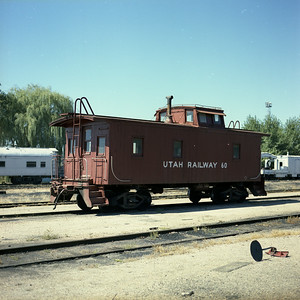 utah-ry_caboose_60_right-side_provo_dean-gray-photo