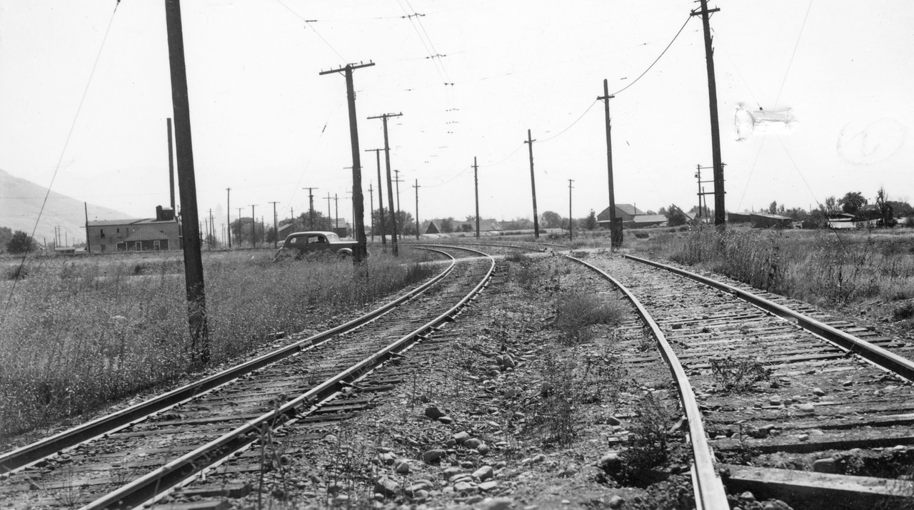 Bamberger_Location_Bertilla-street-crossing_looking-south_sept-1938
