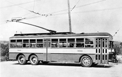Nine more electric coaches including 300 arrived on August 29 and went into service on September 7th on the South Fourth East-State Capitol line. (Westinghouse; mca_39-1_7a)