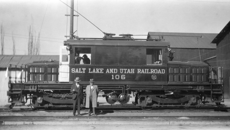 Salt-Lake-&-Utah_106_G-Cheevers-with-Col-Lewis_Dave-England-collection