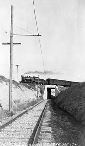 Salt-Lake-&-Utah_D&RGW-Mesa-crossing_Gordon-Cardall-collection
