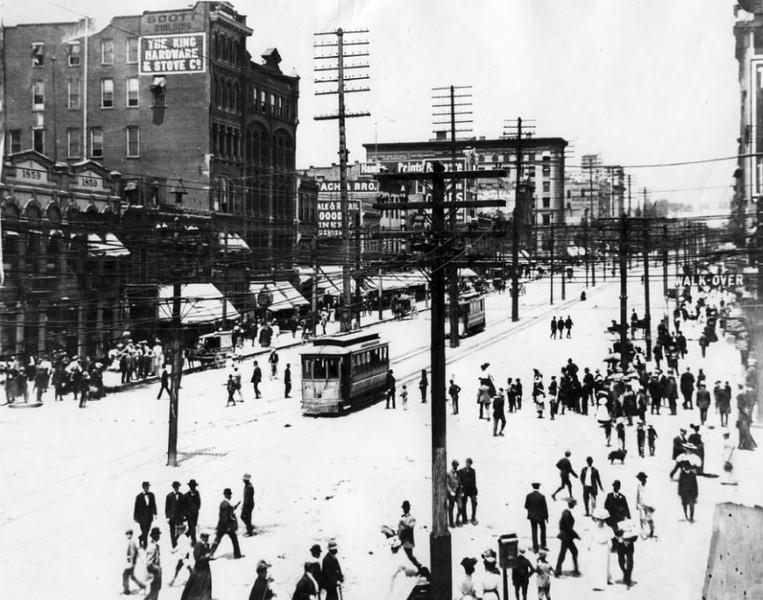 salt-lake-city-street-cars_main-street_A_tribune-files