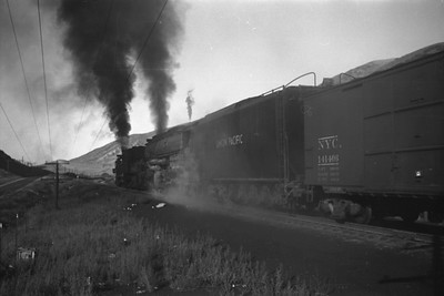 UP_4-8-8-4_4024-with-train_Echo_Aug-1946_003_Emil-Albrecht-photo-0208-rescan