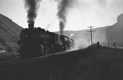 UP_4-8-8-4_4024-with-train_Echo_Aug-1946_002_Emil-Albrecht-photo-0208-rescan