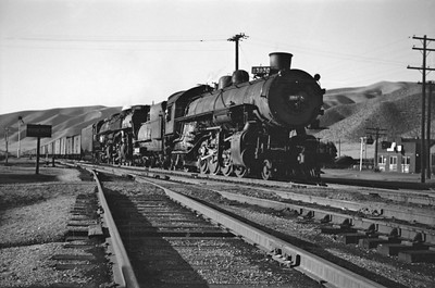 UP_4-6-6-4_3930-with-train_Echo_Aug-29-1946_001_Emil-Albrecht-photo-0208-rescan