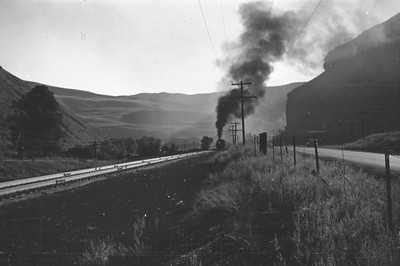 UP_4-8-8-4_4024-with-train_Echo_Aug-1946_001_Emil-Albrecht-photo-0208-rescan