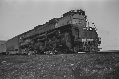 UP_4-6-6-4_3991-with-train_Green-River_Aug-1946_003_Emil-Albrecht-photo-205-rescan