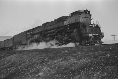 UP_4-6-6-4_3991-with-train_Green-River_Aug-1946_002_Emil-Albrecht-photo-205-rescan
