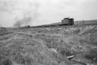 UP_4-6-6-4_3987-with-train_near-Wahsatch_Aug-1946_003_Emil-Albrecht-photo-205-rescan