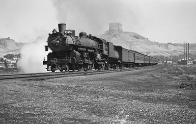 UP_4-6-2_2876-with-troop-train_Green-River_Aug-29-1946_Emil-Albrecht-photo-0207-rescan