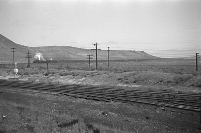 UP_4-8-8-4_4013-with-train_Green-River_Aug-29-1946_001_Emil-Albrecht-photo-0207-rescan