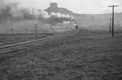 UP_4-6-6-4_3986-with-train_Green-River_Aug-29-1946_002_Emil-Albrecht-photo-0207-rescan
