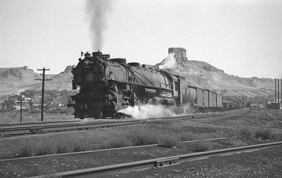 UP_4-12-2_9081-with-train_Green-River_Aug-29-1946_001_Emil-Albrecht-photo-0207-rescan