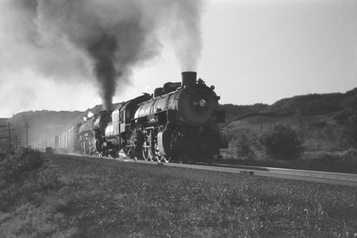 UP_4-8-8-4_4018-with-train_Uintah-Utah_Aug-1946_001_Emil-Albrecht-photo-0215-rescan2