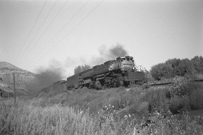 UP_4-8-8-4_4023-with-train_Weber-Canyon_Aug-1946_Emil-Albrecht-photo-0215-rescan