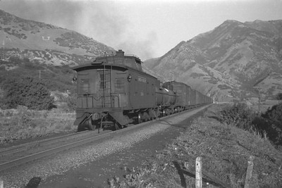 UP_4-8-8-4_4018-with-train_Uintah-Utah_Aug-1946_004_Emil-Albrecht-photo-0215-rescan2