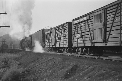 UP_4-6-6-4_3935-with-train_Echo-Utah_Aug-1946_003_Emil-Albrecht-photo-0215-rescan2