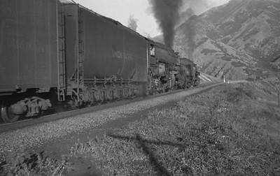 UP_4-8-8-4_4018-with-train_Uintah-Utah_Aug-1946_002_Emil-Albrecht-photo-0215-rescan2