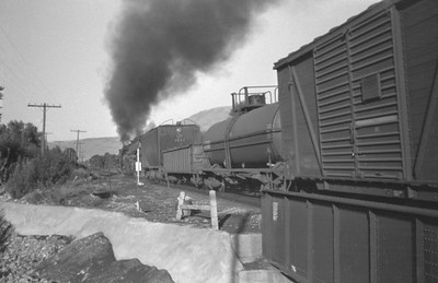 UP_4-8-8-4_4022-with-train_Uintah-Utah_Aug-1946_001_Emil-Albrecht-photo-0215-rescan2