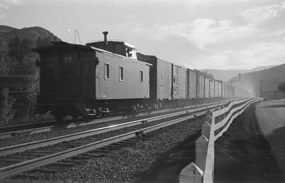 UP_4-6-6-4_3935-with-train_near-Morgan-Utah_Aug-1946_002_Emil-Albrecht-photo-0215-rescan
