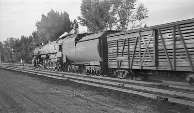 UP-trains-passing-McCammon-Idaho_June-1946_012_Emil-Albrecht-photo-0211-rescan