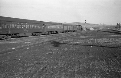UP-trains-passing-McCammon-Idaho_June-1946_005_Emil-Albrecht-photo-0211-rescan