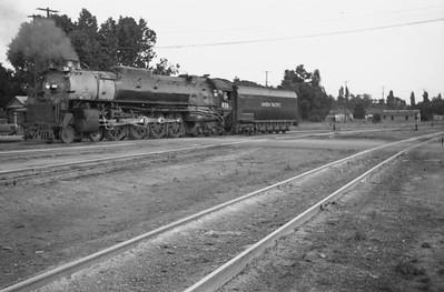 UP_4-8-4_826_Salt-Lake-City_June-1946_Emil-Albrecht-photo-0203-rescan