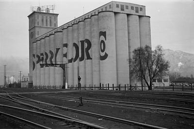 Sperry-flour-mill_Ogden_1946_Emil-Albrecht-photo_0219