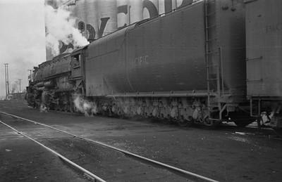 UP_4-8-8-4_4007-with-train_Ogden_1946_002_Emil-Albrecht-photo-0219