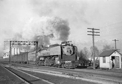 UP_4-8-4_839-with-train_Ogden_1946_001_Emil-Albrecht-photo-0214