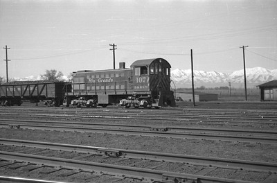 D&RGW_S-2_107_Salt-Lake-City_1946_002_Emil-Albrecht-photo-0216-rescan